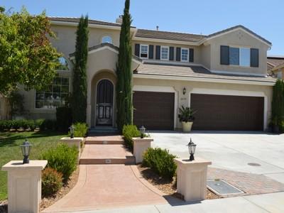 Nhà ở một gia đình for sales at Murrieta Home 26333 Castle Lane Murrieta, California 92563 Hoa Kỳ