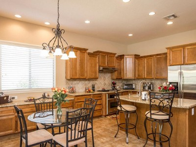 Moradia for sales at Impeccable TW Lewis Home In The Desirable And Gated Sonoran Foothills 1706 W Burnside Trail Phoenix, Arizona 85086 Estados Unidos