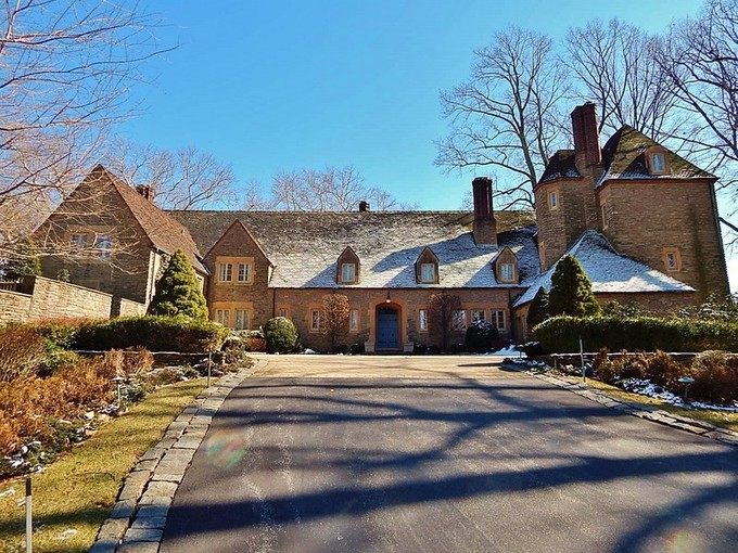 Einfamilienhaus for sales at French Stone Estate 40 Selborne Dr  Centreville, Delaware 19807 Vereinigte Staaten