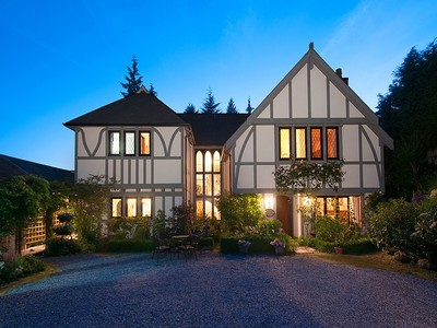 Casa Unifamiliar for sales at Three Level Tudor in Altamont 1725 - 30th Street  West Vancouver, British Columbia V7V4P1 Canadá