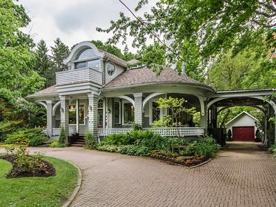 独户住宅 for sales at Ahuntsic-Cartierville (Montréal) 12445 Rue De Serres  Montreal, 魁北克省 H4J2H3 加拿大
