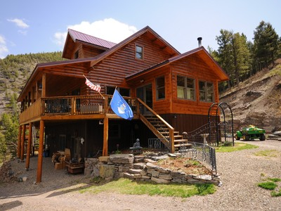 Casa Unifamiliar for sales at Private Wolf Creek Homestead 3385 Gladstone Creek Road Wolf Creek, Montana 59648 Estados Unidos
