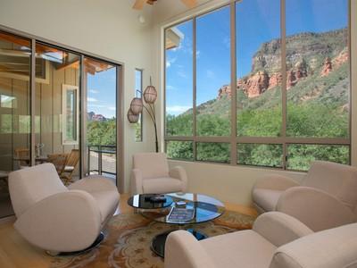 独户住宅 for sales at Modern Canyon Retreat 231 Julie Lane Sedona, 亚利桑那州 86336 美国