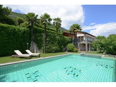 Villa for sales at Villa with swimming pool and panoramic views Morcote Lugano, Ticino 6900 Svizzera