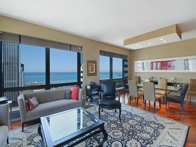 Condominium for sales at Stunning Views! 130 N Garland Court Unit 3401  Loop, Chicago, Illinois 60602 United States