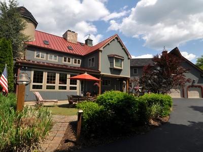 Maison unifamiliale for sales at 1712 Valley Lane   Chester Springs, Pennsylvanie 19425 États-Unis