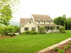 Maison unifamiliale for sales at Hilltop Setting with Views 527 Sleighbell Lane Manchester, Vermont 05255 United States