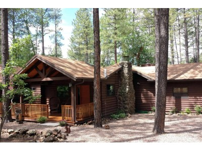 Moradia for sales at Beautiful Pinetop Cabin with Fabulous Views and Privacy 2294 Douglas Fir Drive  Pinetop, Arizona 85935 Estados Unidos