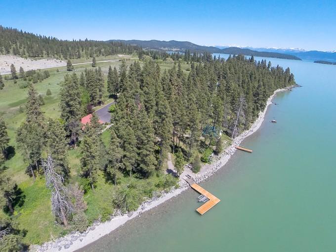Villa for sales at Flathead Lake Orchard 22782 Damaskes Way Rollins, Montana 59931 Stati Uniti