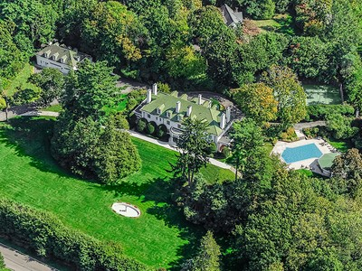 Maison unifamiliale for sales at Timeless Elegance in Scarsdale 2 Cooper Rd Scarsdale, New York 10583 États-Unis