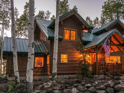 Moradia for sales at Perfect Mountain Getaway 12084 E Antelope Dr  Heber, Utah 84032 Estados Unidos