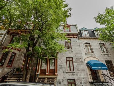 Appartement for sales at Ville-Marie (Montréal) 1013 Rue St-Hubert  Montreal, Québec H2L3Y3 Canada