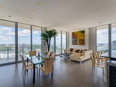 Condomínio for sales at 3470 E Coast Av Unit H2101   Miami, Florida 33137 Estados Unidos