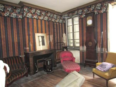 Townhouse for sales at Building to renovate Bordeaux Bordeaux, Aquitaine 33000 France