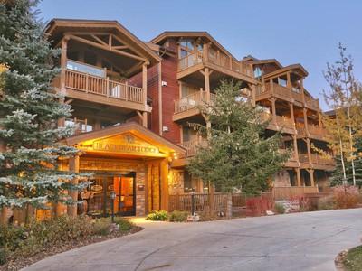 Casa para uma família for sales at Rare Black Bear Lodge Double Unit 7447 Royal St # 404 A-B  Park City, Utah 84060 Estados Unidos