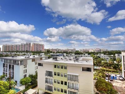 Nhà chung cư for sales at 575 Crandon Blvd 710  Key Biscayne, Florida 33149 Hoa Kỳ