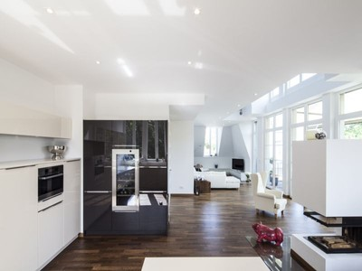 Condominio for sales at Marvelous maisonette apartment directly on the waterfront  Berlin, Berlin 14109 Alemania