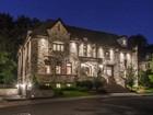 Einfamilienhaus for sales at Spectacular residence 9 Rue de l'Orée-du-Bois E.   Verdun Ile Des Soeurs, Quebec H3E2A2 Kanada