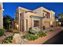 Maison de ville for sales at The Perfect Home Situated On A Prime Lot In a Quaint Enclave Of Townhomes 28990 N White Feather Lane #146   Scottsdale, Arizona 85262 États-Unis