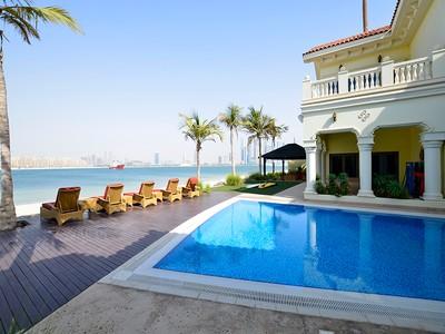 Villa for sales at Top located Signature Villa on The Palm Palm Jumeriah, Dubai, Dubai Emirati Arabi Uniti