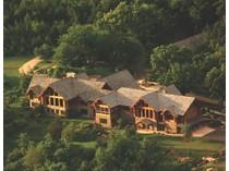 Nhà ở một gia đình for sales at 5750 Highway Z    Spring Green, Wisconsin 53588 Hoa Kỳ
