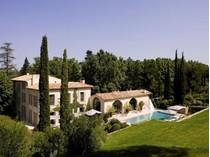 Nhà ở nhiều gia đình for sales at Authentic bastide exquisitely renovated  Aix-En-Provence, Provence-Alpes-Cote D'Azur 13100 Pháp