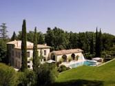 Κτίριο με ξεχωριστά διαμερίσματα για πολλές οικογένειες for sales at Authentic bastide exquisitely renovated  Aix-En-Provence,  13100 Γαλλια