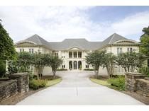 Casa para uma família for sales at Extraordinary European Elegance 1275 Stuart Ridge   Alpharetta, Geórgia 30022 Estados Unidos