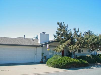 Nhà ở một gia đình for sales at MB single level home...2 blocks to the Beach 150 Formosa Morro Bay, California 93442 Hoa Kỳ