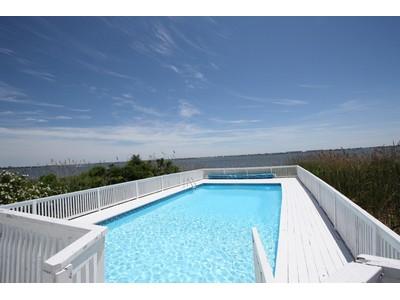 獨棟家庭住宅 for sales at Open Bay Front with Outstanding Views 6 Sandpiper Court   Westhampton, 紐約州 11977 美國