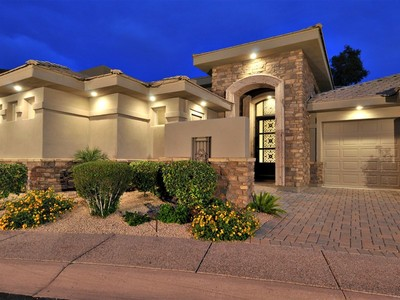 Casa para uma família for sales at Stunning Custom Home On Prime Golf Course Lot In Gated Estates At Gainey Ranch 7475 E Gainey Ranch Rd #24 Scottsdale, Arizona 85258 Estados Unidos