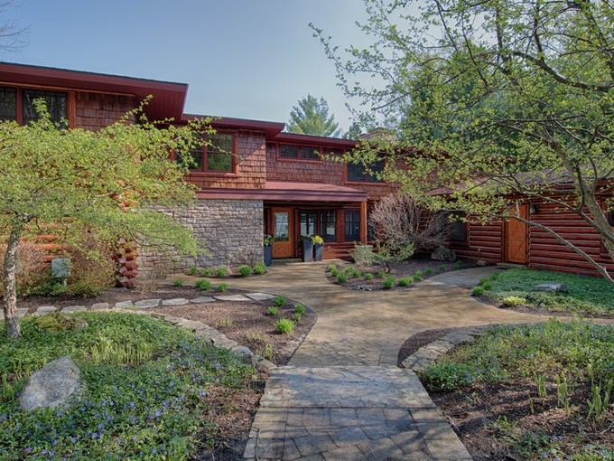 Vivienda unifamiliar for sales at Bear Lake Lodge 03595 M-75 North  Walloon Lake, Michigan 49796 Estados Unidos