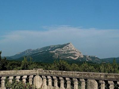 一戸建て for sales at Aix-en-Provence - Saint Marc de Jaumegarde  Aix-En-Provence, プロバンス=アルプ=コート・ダジュール 13100 フランス