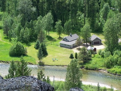 Einfamilienhaus for sales at Pack River House 5259 Upper Pack River Rd. Sandpoint, Idaho 83864 Vereinigte Staaten