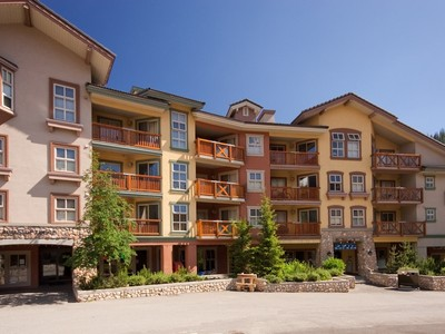 Condomínio for sales at 409-3190 Creekside Way   Sun Peaks, Columbia Britanica V0E5N0 Canadá
