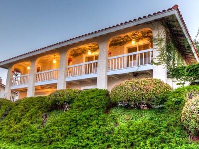 Villa for sales at 3512 Newridge Drive   Rancho Palos Verdes, California 90275 Stati Uniti