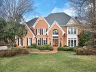 Einfamilienhaus for sales at Country Club Park-like Beauty 4060 Deverell Street Alpharetta, Georgia 30022 Vereinigte Staaten