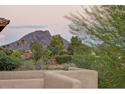 独户住宅 for sales at Elegant and Spacious Living in Montacino at McDowell Mountain 12317 E North Lane Scottsdale, 亚利桑那州 85259 美国