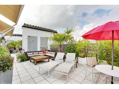 Apartment for sales at Apartment - Longchamp   Paris, Paris 75116 France
