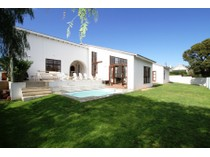 Single Family Home for sales at Close to beach  Plettenberg Bay, Western Cape 6600 South Africa