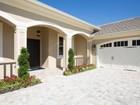 Maison unifamiliale for  sales at Quality Meets Design in Breathtaking Style 435 Pittman Avenue   Vero Beach, Florida 32968 États-Unis