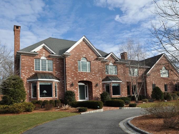 独户住宅 for sales at Gorgeous and Private Brick Home 81 Lake Street Sherborn, 马萨诸塞州 01770 美国