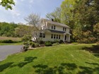 Maison unifamiliale for rentals at Charming 1935 Home 100 Salem Road Pound Ridge, New York 10576 États-Unis