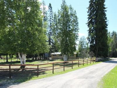 Nhà ở một gia đình for sales at Aero Lane 253 Aero Lane  Bigfork, Montana 59911 Hoa Kỳ