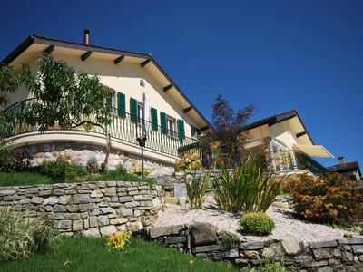 Vivienda unifamiliar for sales at Magnificent villa with superb view of the lake  Other Vaud, Vaud 1299 Suiza