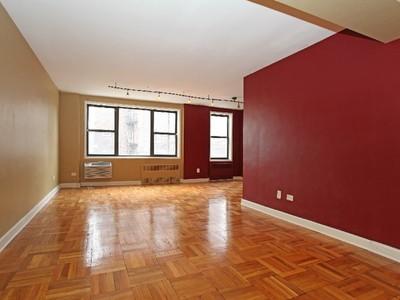 Кооперативная квартира for sales at Large 2 BR with Terrace 629 Kappock Street 2E Riverdale, Нью-Мексико 10463 Соединенные Штаты