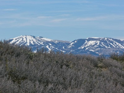 Land for sales at Private Estate Lot with Dramatic Views 2665 Longspur Ln Lot 3  Park City, Utah 84098 United States