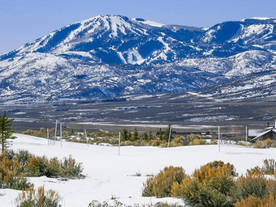 Đất đai for sales at One of the premiere lots in Promontory 7941 West Hills Trl Park City, Utah 84098 Hoa Kỳ