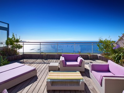 Wohnung for sales at Penthouse in Cannes with large terrace and panoramic sea views  Cannes, Provence-Alpes-Cote D'Azur 06400 Frankreich