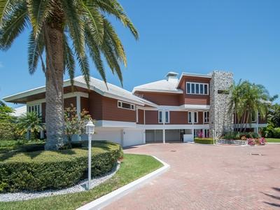 Tek Ailelik Ev for sales at MARCO ISLAND - S. BARFIELD DRIVE 919 S Barfield Dr Marco Island, Florida 34145 Amerika Birleşik Devletleri